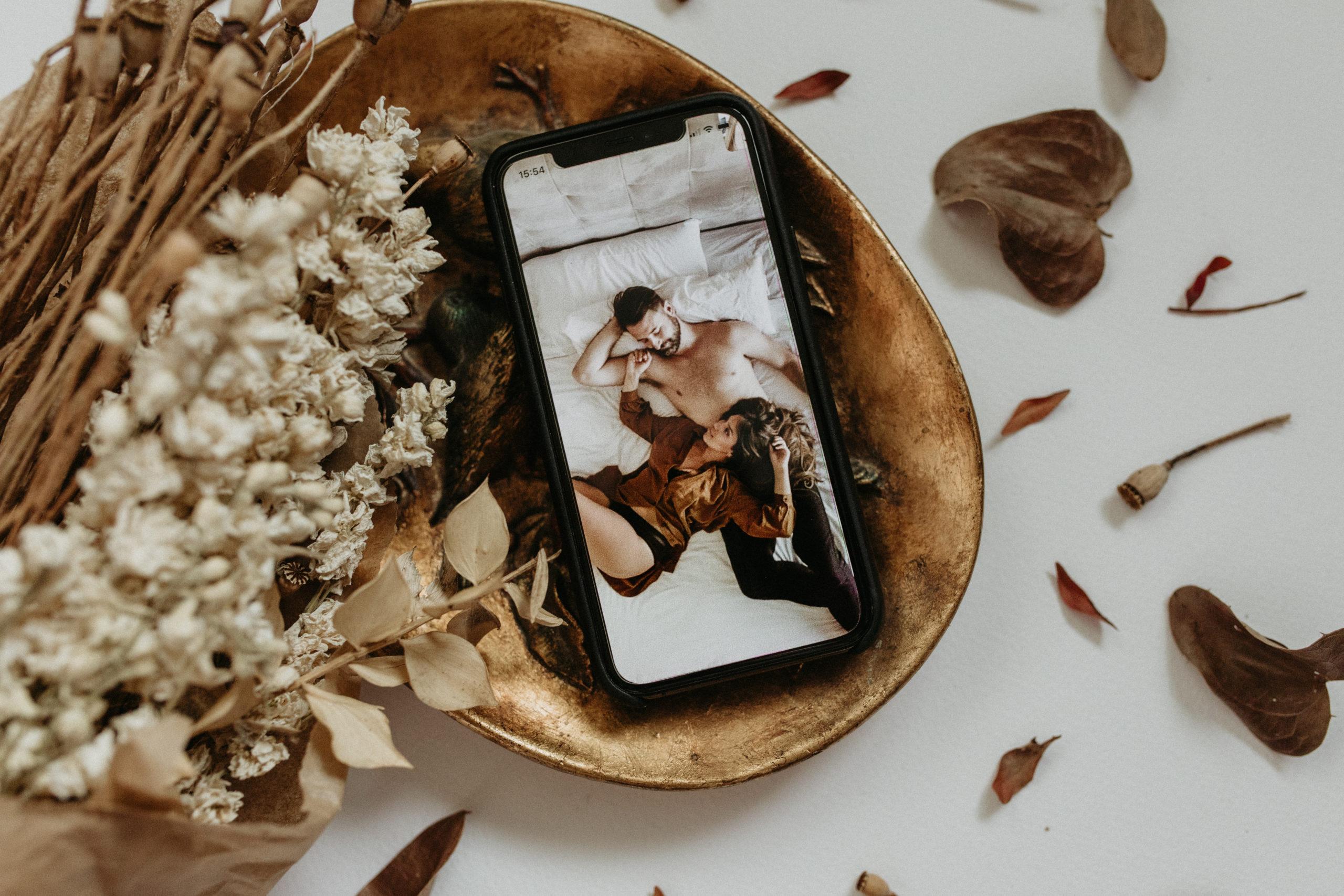 Sesión de fotos de pareja en casa | COVID-19